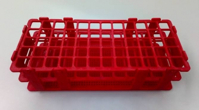 Gradilla plástica para 90 tubos de Hemólisis. Marca Numak