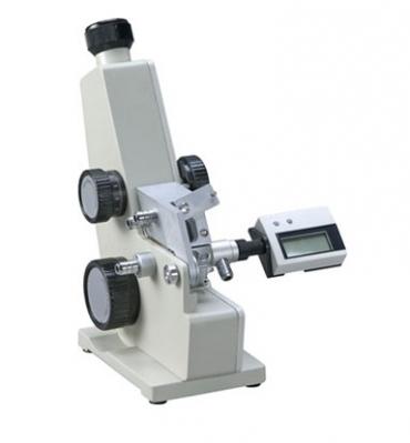 Refractómetro de mesada Tipo Abbe, 0 - 90° Brix IR 1300 a 1700 Con termómetro digital. Marca Numak