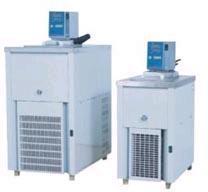 Baño Refrigerado con circulación de agua x 4.5 L, de -10°C a +100°C. Marca Numak, modelo BRCMP-10C