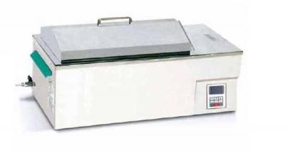 Baño termostático digital, con agitación lineal. Marca Numak, modelo SWB-31